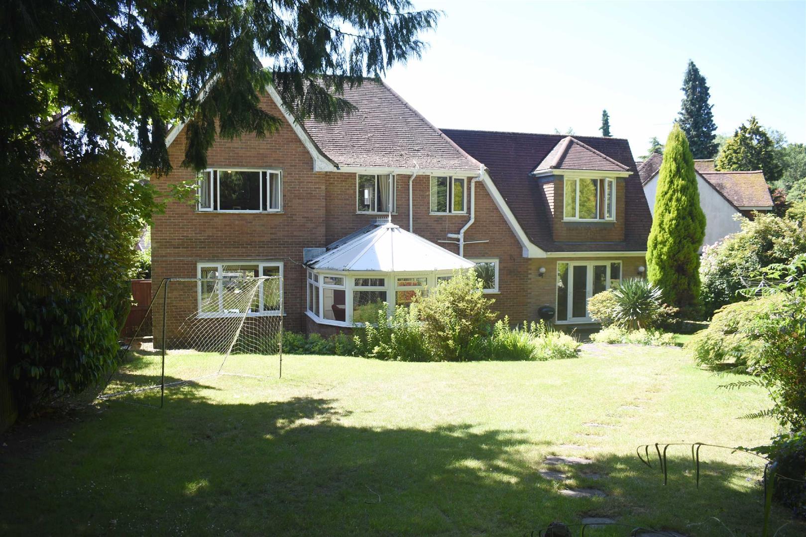 Willowbrook Gardens, Mayals, Swansea, SA3 5EB